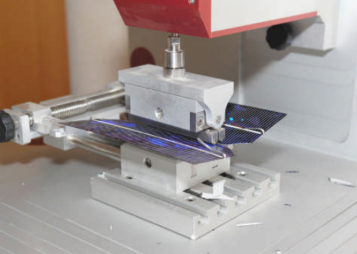 Impact resistance test on polysilicon or thin film substrates